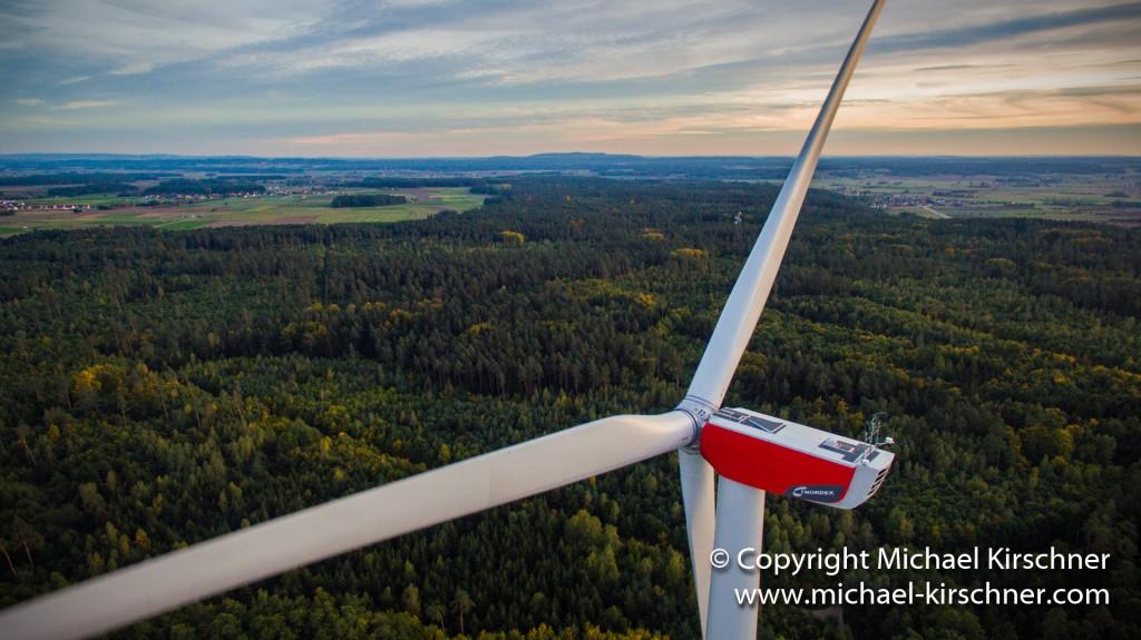 FLIGHT PICS - Luftbildaufnahme Windkraft